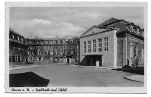 6_Stadthalle_und_Schloss
